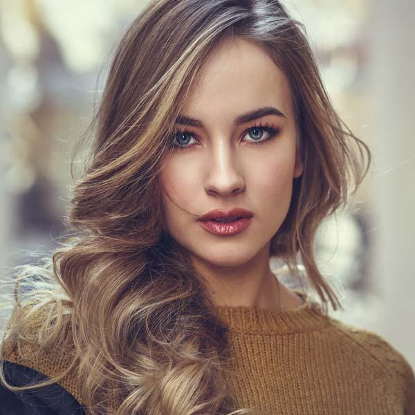 Elinia Jhon